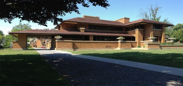 Frank Lloyd Wright S Magnificent Darwin Martin House In Buffalo Ny The Craftsman Bungalow