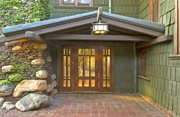 Another greene greene masterwork the duncan irwin for Californian bungalow front door