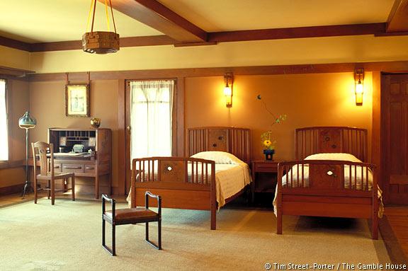 gamble-gambles-bedroom1