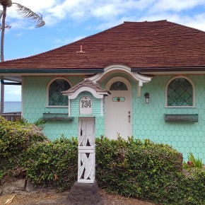 Tropical Bungalows of the Aloha State