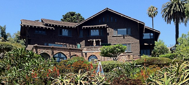 Photo Essay: Santa Barbara's Bungalow Haven and Amazing County Court House