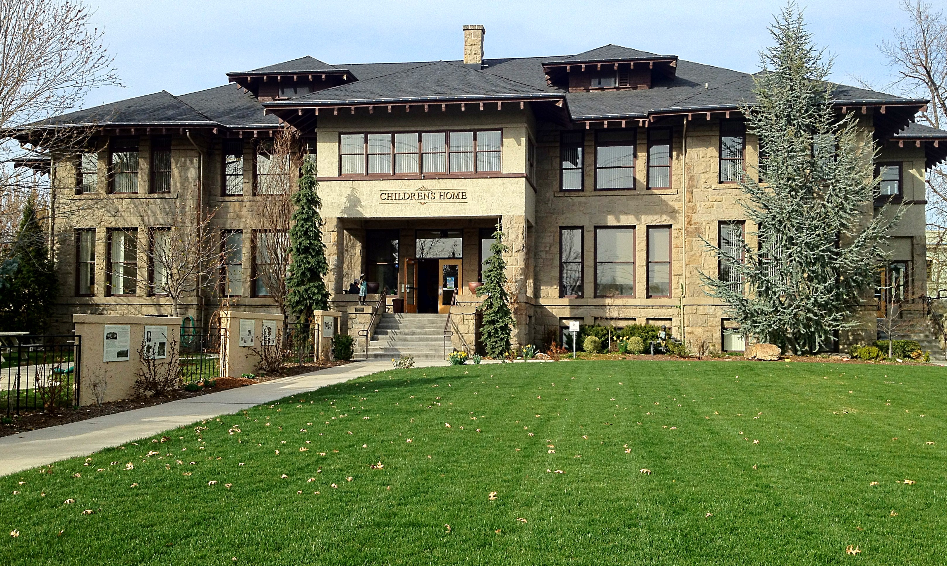 The eclectic bungalows of boise idaho the craftsman for Home and style