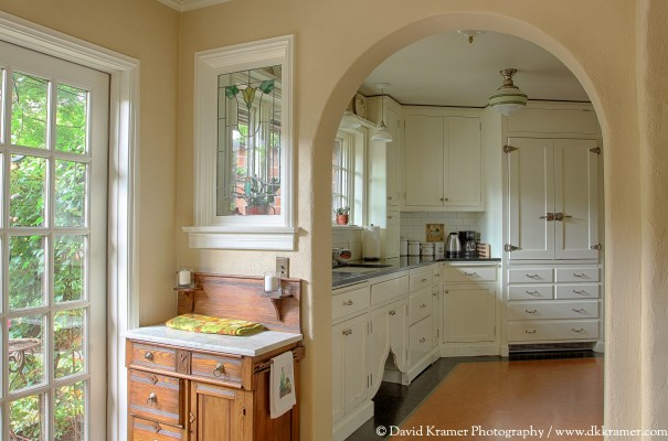 10-lna-brickhouse-kitchen1-dkphoto