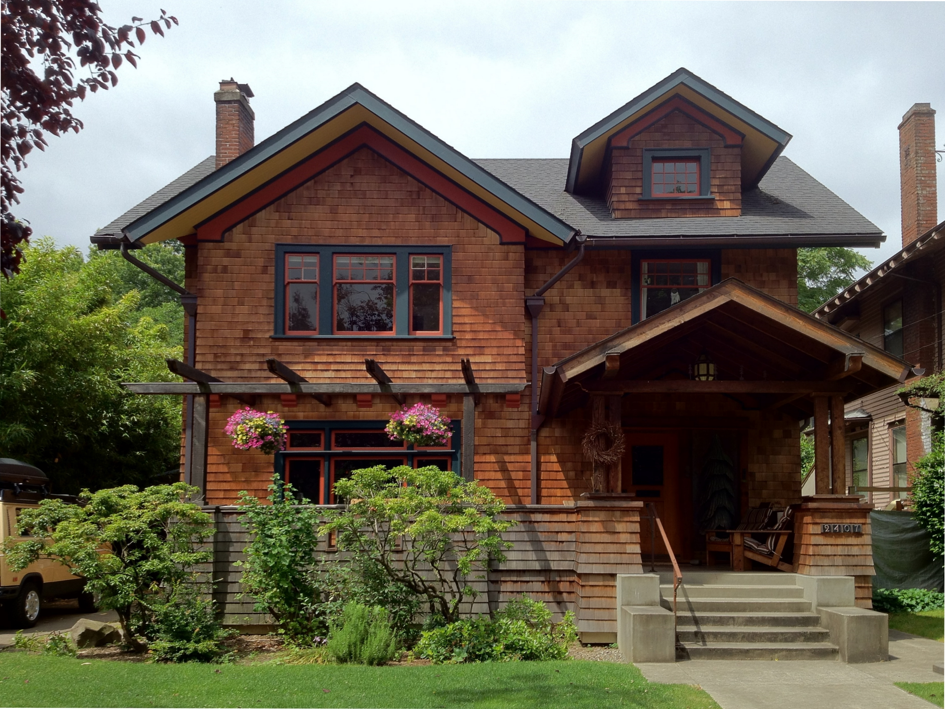American craftsman bungalow ideas architecture plans 29270 for Craftsman style architects