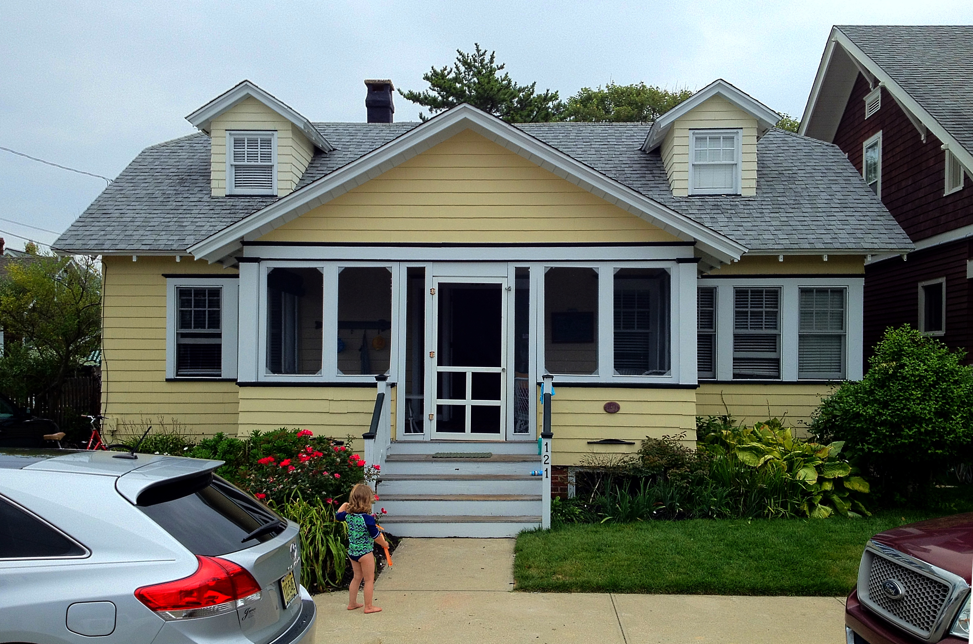 Photo essay beach bungalows and memories on the jersey for Shome home