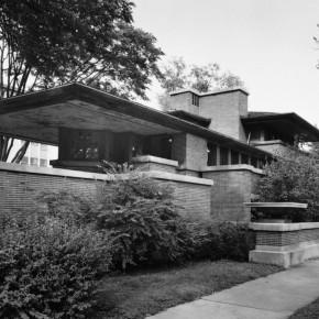 Frank Lloyd Wright's Frederick C. Robie House: A Prairie Masterpiece