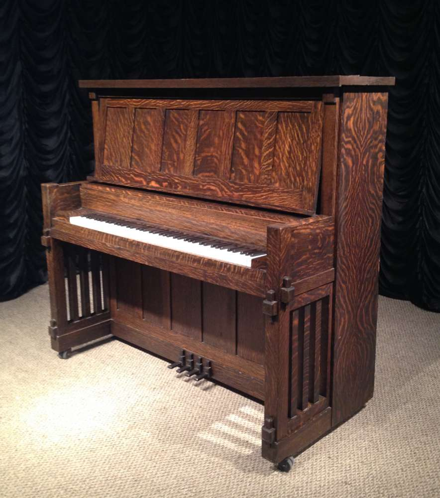 1911-crown-upright-piano