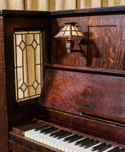 1911-vose-sons-piano