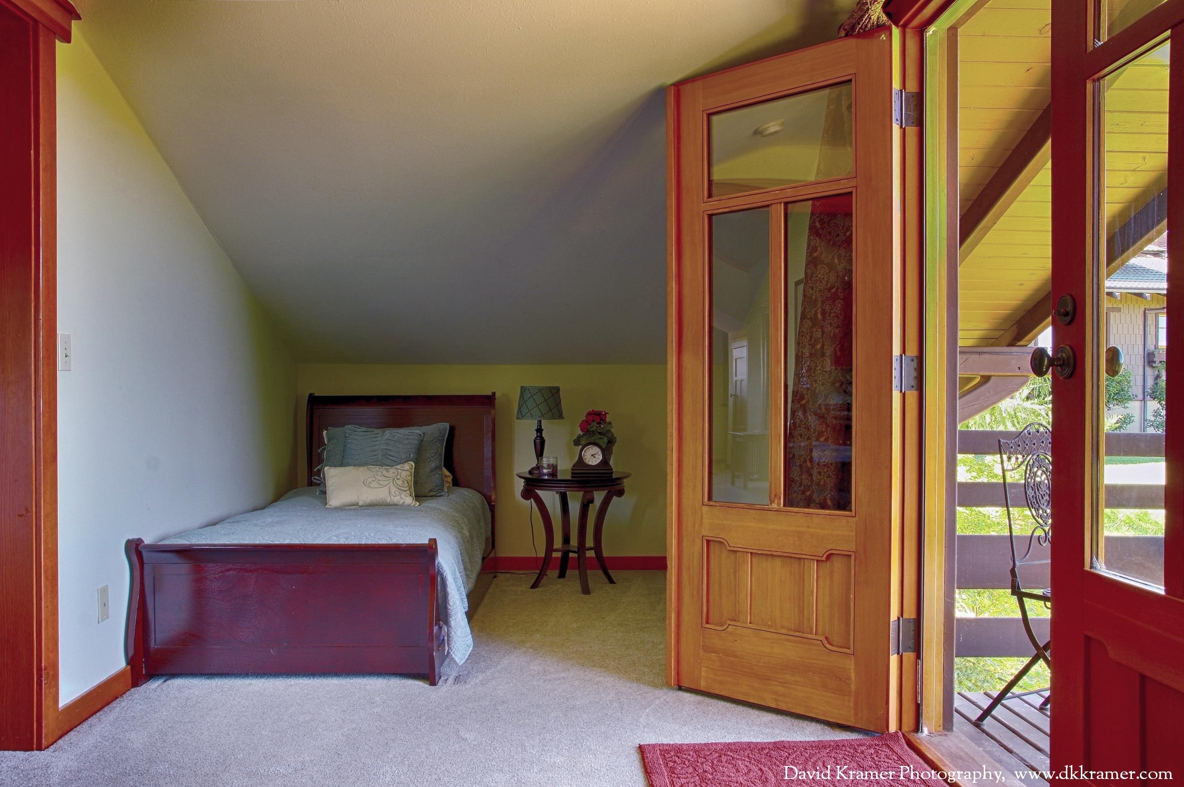 dkp-lilac-guest-house-11